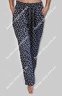 Штапельные женские брюки с узором 1256 размер 50-56