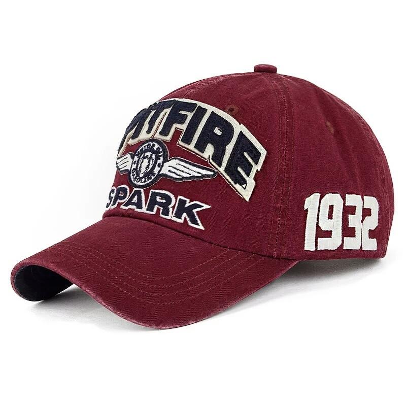 Бейсболка SpitFire Spark. Красная.