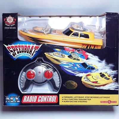 Катер на радиоуправлении Speed Boat