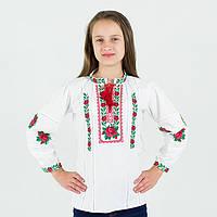Вышиванка для девочки с красными розами на домотканом полотне