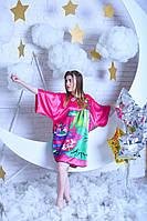 Яркое принтованое малиновое женское платье-кимоно