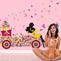 Наклейка виниловая Цветочная фея у автомобиле с подарками 3D декор