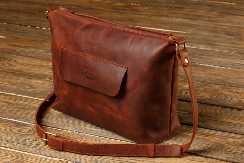 Жіноча шкіряна сумка Babak 900065 коричнева