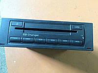 SKODA OCTAVIA MK2 04-09 CD CHANGER 1Z0 035 111