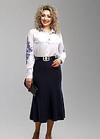 Интересная темно-синяя юбка длины миди в больших размерах