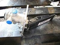 Педаль тормоза с клапаном XM60C 55C0061
