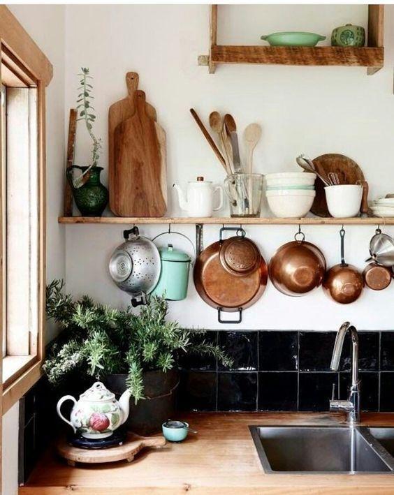 Наш интернет-магазин посуды Formo4ka рад предложить разноплановую утварь для кухни, чтобы вы всегда готовили с удовольствием и вдохновением!