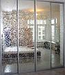 Двери купе з наполнением зеркало художественное матирование, фото 4