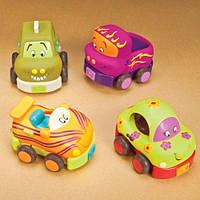 Игровой набор – ЗАБАВНЫЙ АВТОПАРК для детей от 1 года (4 резиновые машинки-погремушки) ТМ Battat BX1048Z