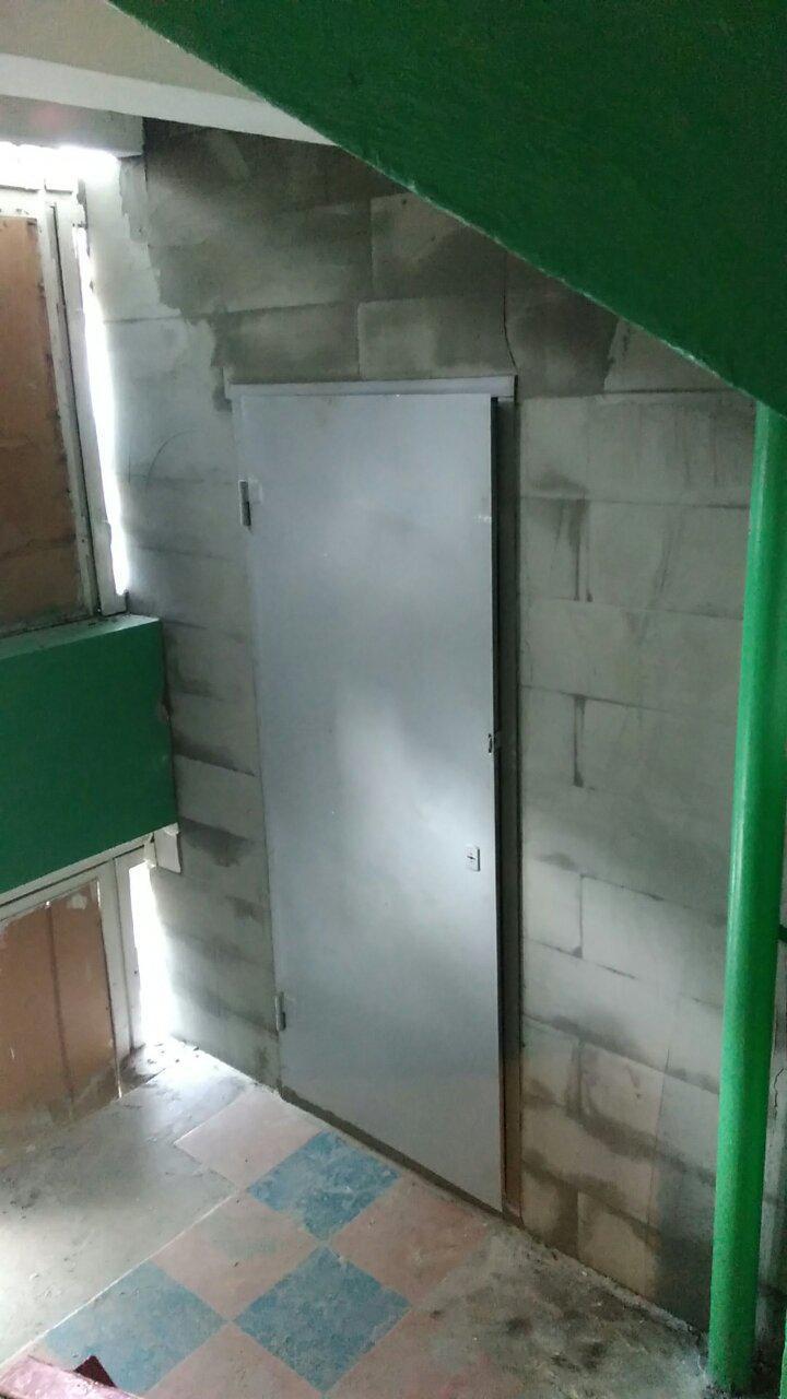 Межэтажная кладовка 2м*2.6м Газобетон + дверь техническая замок Арико