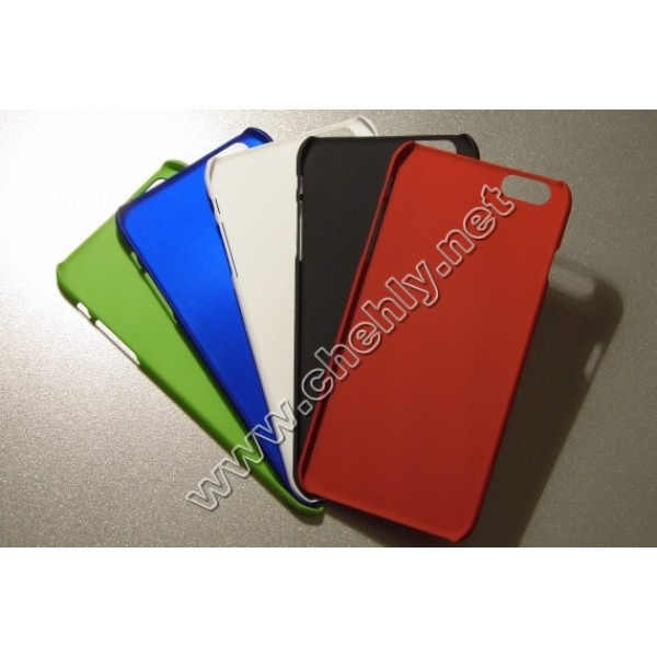 Пластиковый чехол Iphone 6 plus 3