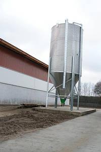 Бункер для кормов 11 т, 17.2 м3