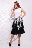 Черно-белое женское платье с принтом Белые листья сукня Мирана б/р