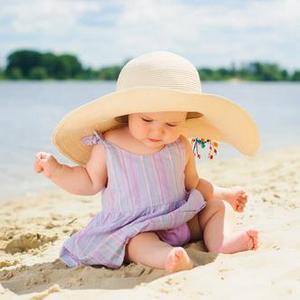 Панамы и шляпы детские
