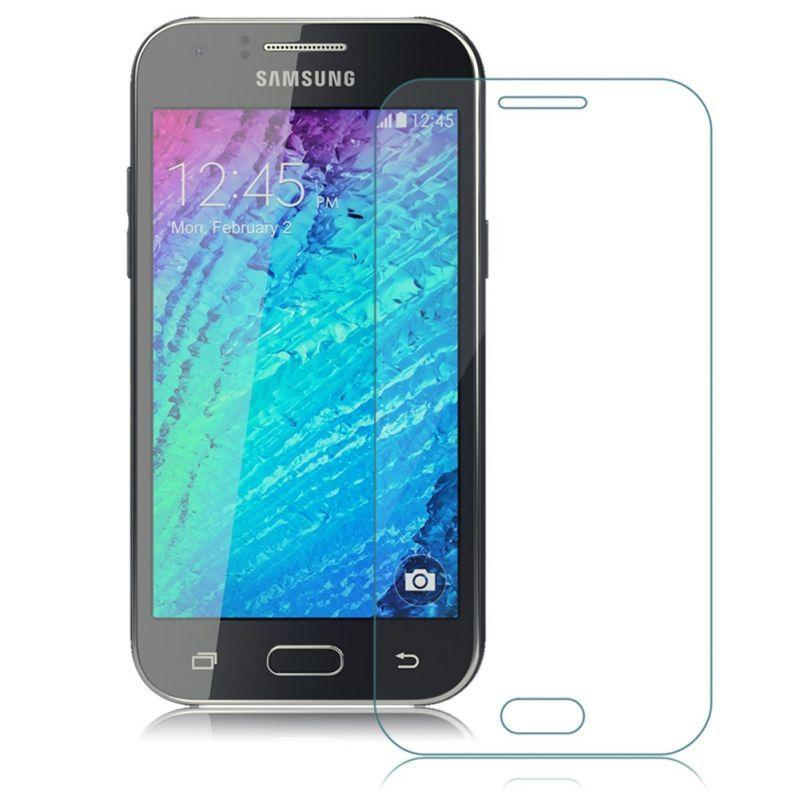 Защитное стекло на Samsung J7