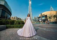 Очаровательное свадебное платье А-силуэта, украшенное жемчугом и бисером