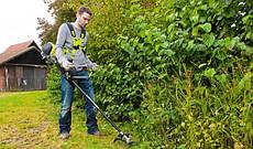 Обираймо техніку для косіння трави