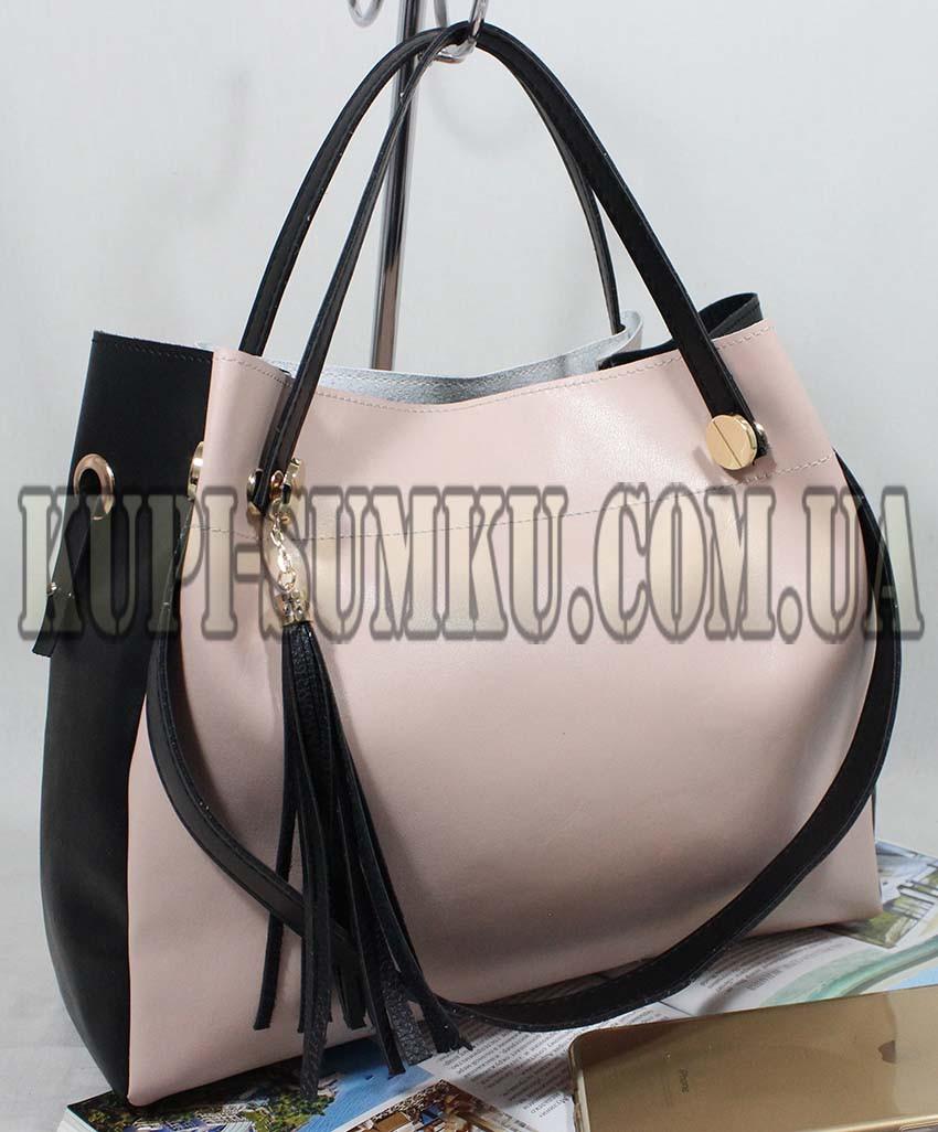 1d8f1ec692fa Оригинальная женская сумка из экокожи 2 в 1 цвет пудра с чёрными вставками  и украшением-
