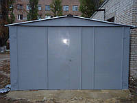 Гараж сборный с двускатной крышей