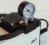 Насос вакуумный мембранный N 816.1.2 KT.45.18 IP 20 (30 л/мин, 100 мбар, 0.5 бар, с манометром)