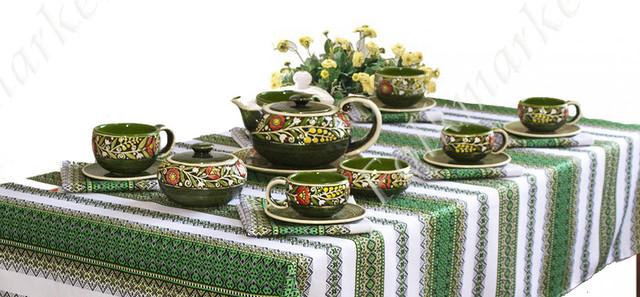 Керамическая посуда с орнаментом