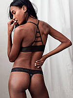 Трусики Victoria's Secret Lace-waist Thong, Black DL3
