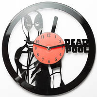 Виниловые часы Deadpool