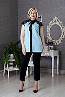 Женская блуза со вставками из гипюра впереди