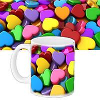 Чашка подарок с рисунком Цветные сердца