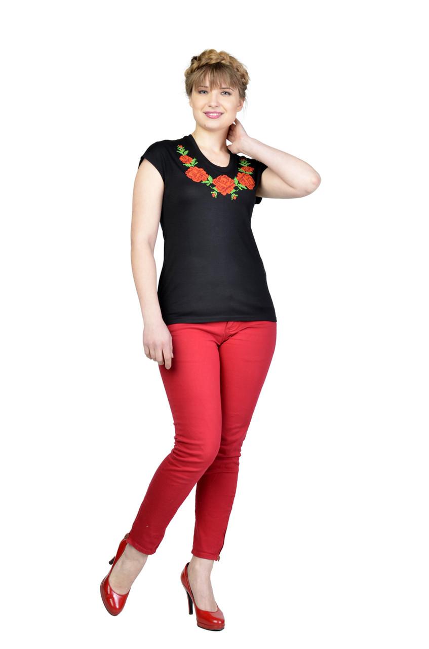 Вышитая футболка Мелания черная
