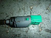 Датчик стопов (лягушка) Renault Scenic II 03-06 (Рено Сценик 2), 8200168240