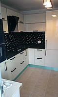 Кухонная мебель EGGER (черный с белым)