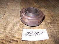 Втулка продольной тяги (с стопорами) Т-150