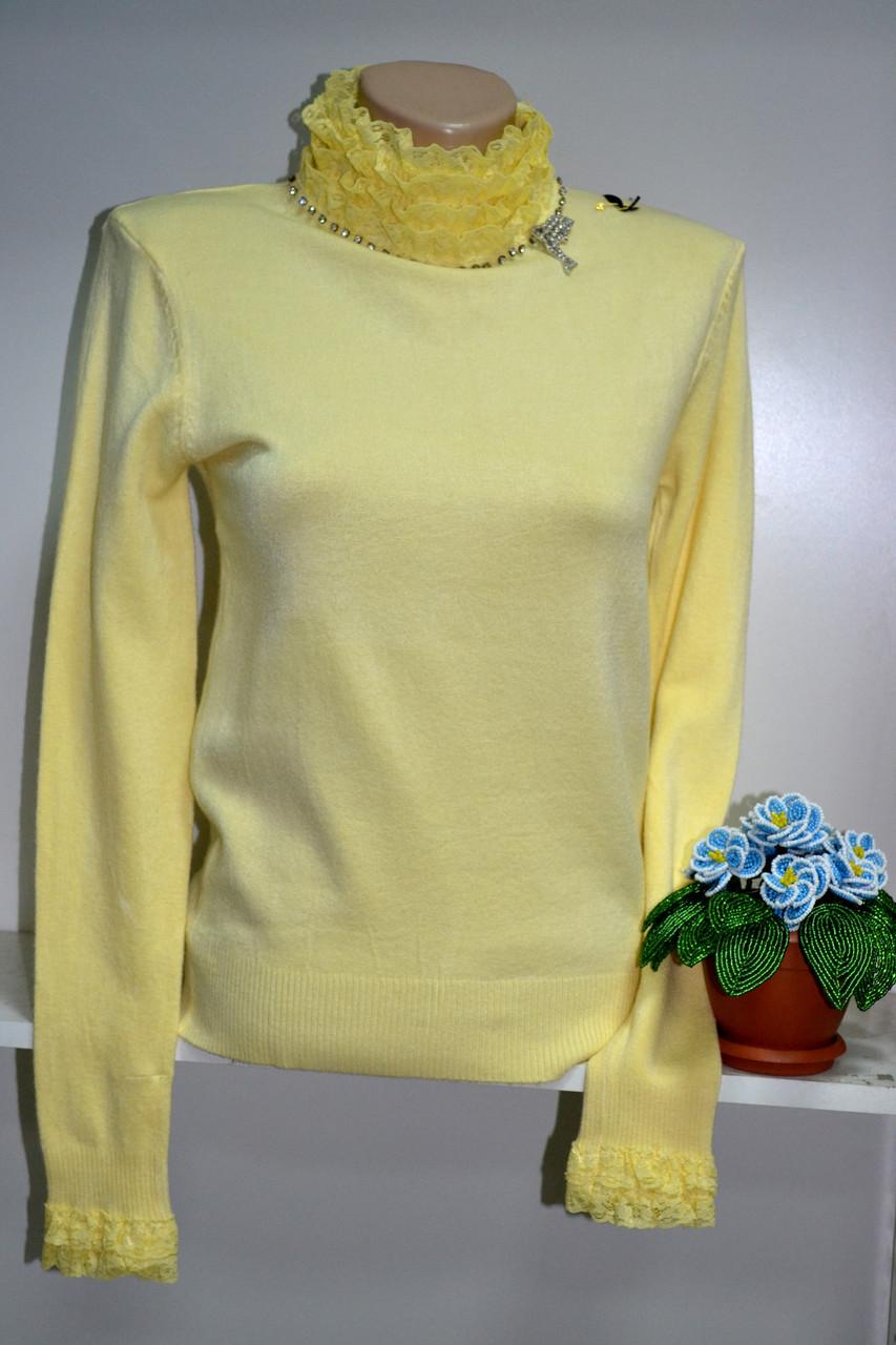 Теплая нарядная водолазка желтого цвета с кружевом, фото 1
