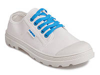 Красивые белые  кеды с синими шнурками