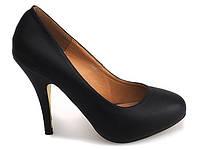 Красивые, классические туфли чёрного цвета размеры 37,39,40