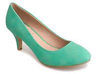 Закрытые туфли зелёного цвета размеры 39,40