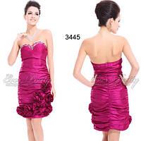Коктейльное платье с вышивкой бисером.  размер S