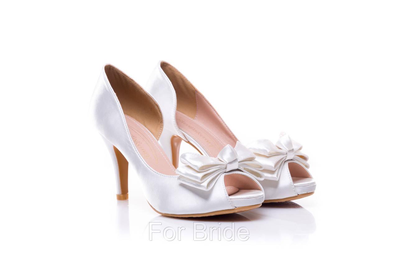 39b1dbde8 Свадебные туфли белые с бантом, цена 1 700 грн., купить в Киеве ...