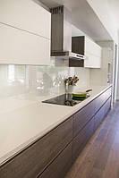 Белая акриловая кухонная столешница