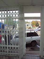 Розсувні решітки на вікна та двері