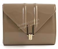 Стильная элитная лаковая небольшая женская сумка клатч для выпускного art. 7782 кофе с молоком