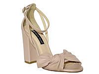 Женские кожаные босоножки на толстом каблуке (пудровые) Mario Muzi №5103