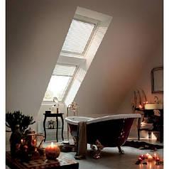 VELUX (ВЕЛЮКС)  GGU — Белое влагостойкое мансардное окно