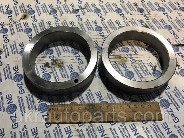 Втулка распорная ступицы колеса заднего КРАЗ 257 Кольцо чулка КРАЗ (257-3104082)