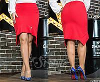 Шикарная юбка-карандаш с симпатичными рюшами. Модель выполнена в красном/черном цветах.