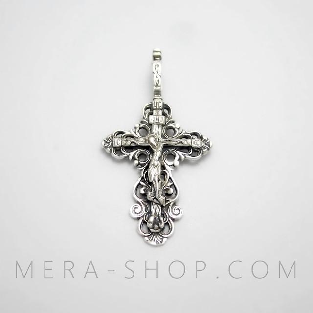 Православный четырехконечный крест с распятием