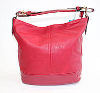 Женская сумочка на одну ручку красного цвета
