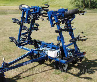 Культиватор LandRunner II - 13R30 для внесення безводного аміаку