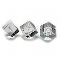 Фигурка хрустальная Куб с голограммой  4см
